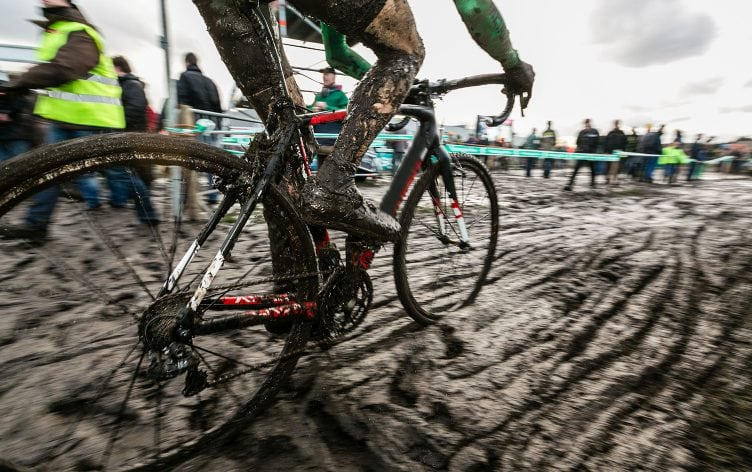 Essential-Gear-for-Cyclocross-752x472